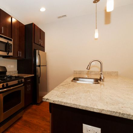 Rent this 2 bed townhouse on 421 West Belmont Avenue in Chicago, IL 60657