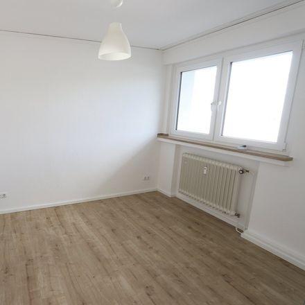 Rent this 3 bed apartment on Schloßstraße 8-10 in 45468 Mülheim, Germany