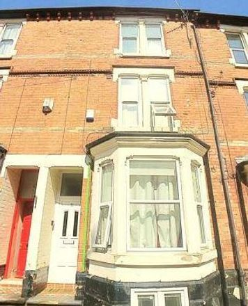 Rent this 5 bed house on 34 Myrtle Avenue in Nottingham NG7 6NR, United Kingdom