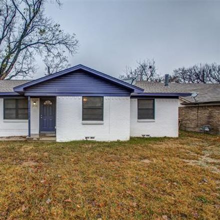 Rent this 3 bed house on 2513 McDearmon St in Garland, TX