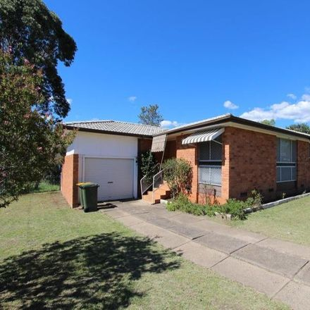 Rent this 3 bed house on 18 Mawson Street