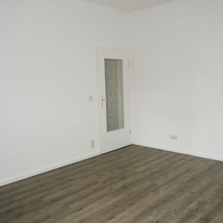 Rent this 2 bed apartment on Westbergstraße 22 in 08451 Crimmitschau, Germany