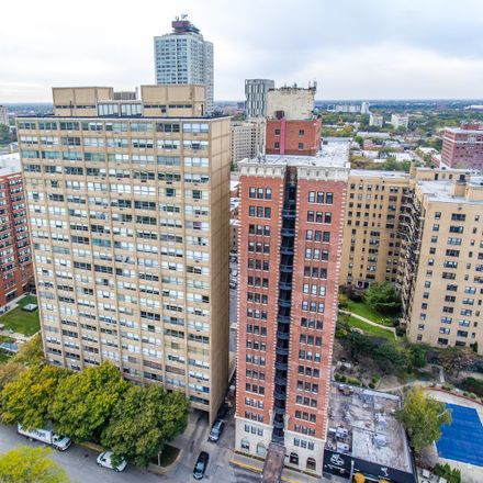 Rent this 3 bed apartment on South South Shore Drive in Chicago, IL