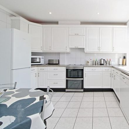 Rent this 3 bed apartment on Haven Green Court in Haven Green, London W5 2UP