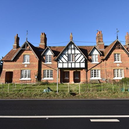 Rent this 3 bed house on Maldon Road in Colchester CO2 0LU, United Kingdom