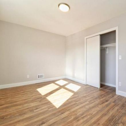 Rent this 3 bed apartment on 156 Fairmount Avenue in Jersey City, NJ 07304