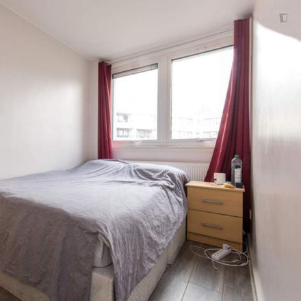 Rent this 5 bed room on City Store Self Storage in Belmont Street, London NW1 8HJ