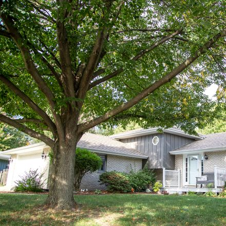 Rent this 4 bed house on Buttercup Ct in Plainfield, IL