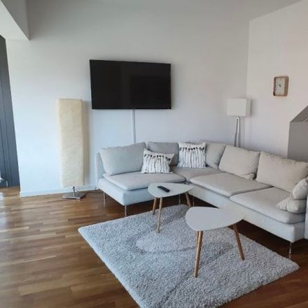 Rent this 3 bed apartment on Am Sandtorkai 64a in 20457 Hamburg, Germany