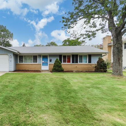 Rent this 3 bed house on 823 Georgean Lane in Schaumburg, IL 60193