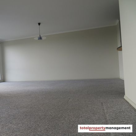 Rent this 2 bed house on 20/40 Leahy Close in The Crescent, Narrabundah