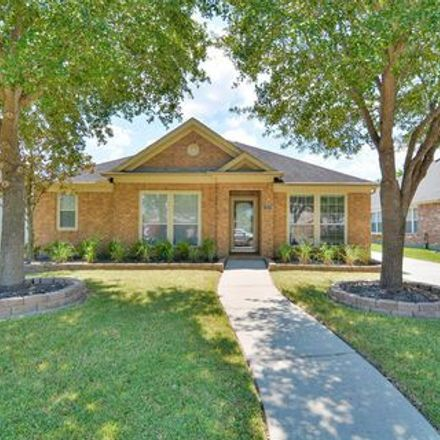 Rent this 3 bed apartment on 11870 Rainbow Bridge Lane in Kingwood Glen, TX 77346