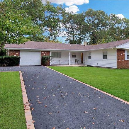 Rent this 4 bed house on 30 Whitfield Lane in Coram, NY 11727