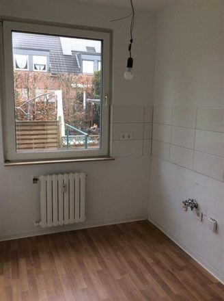 Rent this 3 bed apartment on Sobbehof 14 in 45889 Gelsenkirchen, Germany