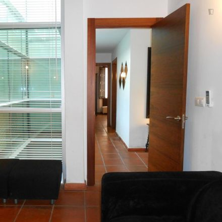 Rent this 2 bed apartment on Calle Montalbán in 18002 Granada, Spain