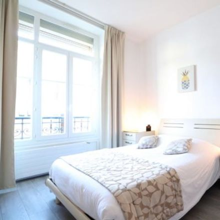 Rent this 1 bed apartment on 20 Avenue Notre-Dame in 06000 Nice, France