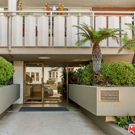 Rent this 1 bed condo on 11044 Ophir Drive in Los Angeles, CA 90024