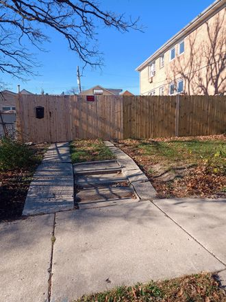 Rent this 3 bed house on Beat 2512 in 2202 North Merrimac Avenue, Chicago