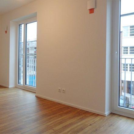 Rent this 3 bed apartment on Sophie-Schoop-Weg 70 in 21035 Hamburg, Germany
