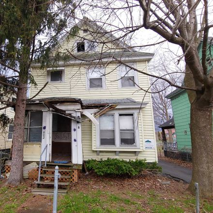 Rent this 3 bed apartment on W Newell St in Syracuse, NY