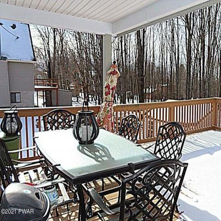 Rent this 3 bed house on Lake Township in 1990 Grandview Drive, Wayne County