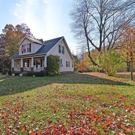 Rent this 3 bed house on Hardies Rd in Gibsonia, PA