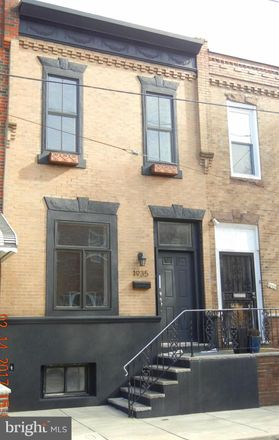 Rent this 2 bed townhouse on 1935 South 11th Street in Philadelphia, PA 19148