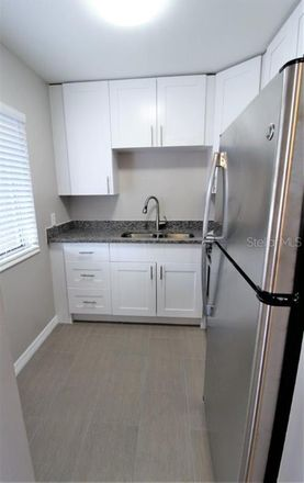 Rent this 1 bed apartment on 3001 Bee Ridge Road in Southgate, FL 34239