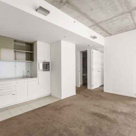 Rent this 1 bed apartment on 603/368 Little Collins Street
