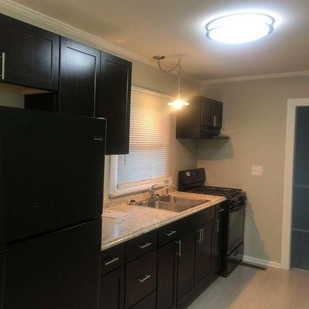 Rent this 3 bed house on Springfield Street in Flossmoor, IL 60422