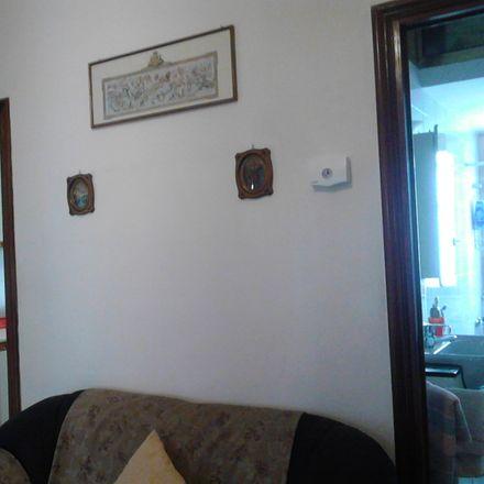 Rent this 2 bed room on Via de Amicis in 4, 70125 Bari BA
