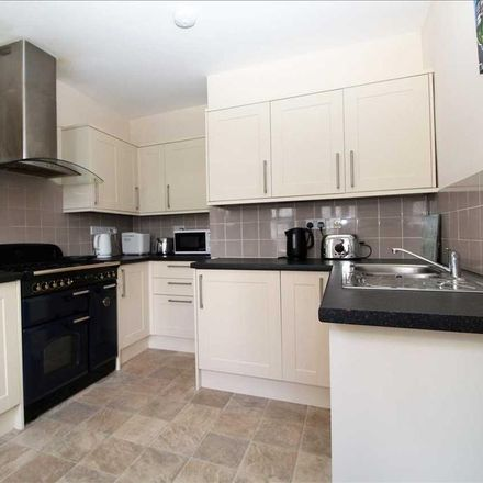 Rent this 6 bed house on Salisbury Road Primary School in Salisbury Road, Plymouth PL4 8QZ