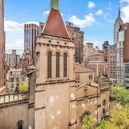 Rent this 1 bed condo on 67 Park Avenue in New York, NY 10016