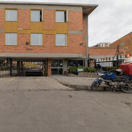 Rent this 4 bed apartment on Avenida Carrera 80 in UPZ Castilla, 11001 Bogota Capital District