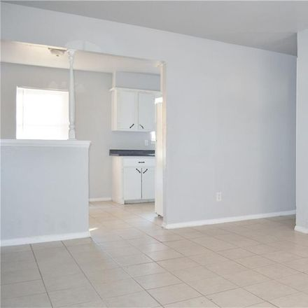 Rent this 3 bed house on 1520 McGregor Drive in Midwest City, OK 73130
