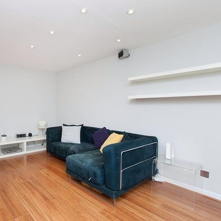 Rent this 1 bed apartment on The Chapel Bar in Donegal Street, London N1 9JH