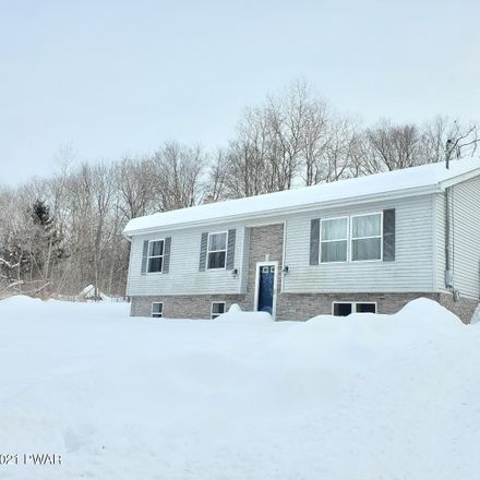 Rent this 3 bed house on 17 Davis Rd in Waymart, PA