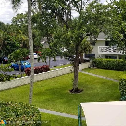 Rent this 1 bed condo on Plantation