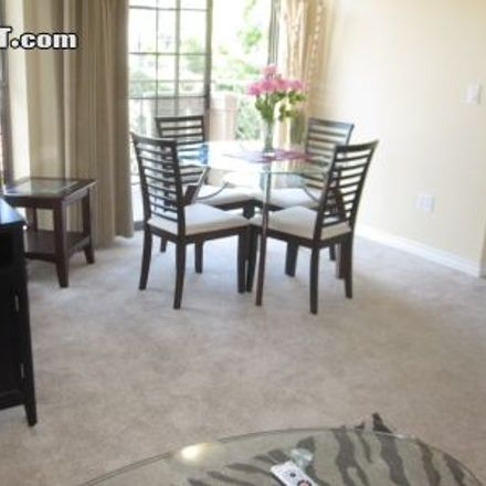 Rent this 1 bed apartment on 4th Court in Santa Monica, CA 90401-2405