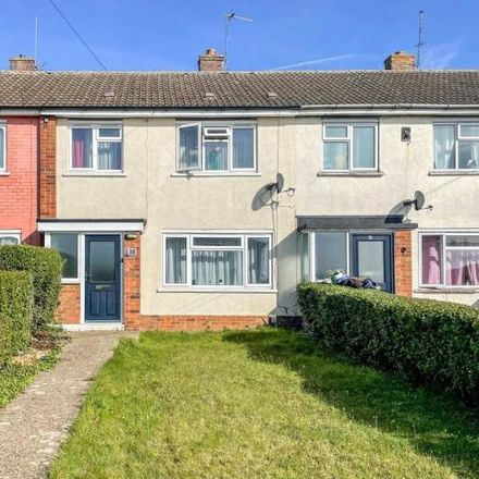 Rent this 3 bed house on Shakespeare Road in Wellingborough, NN8 3RL
