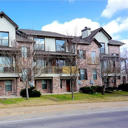 Rent this 3 bed townhouse on George Bush in Franklin Street, Houston