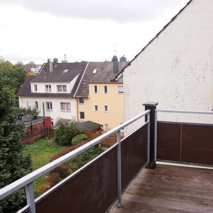 Rent this 3 bed loft on Behringstraße 6 in 42653 Solingen, Germany