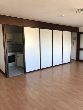 Rent this 1 bed apartment on 47057 Duisburg