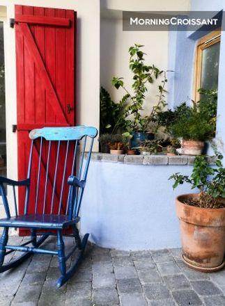 Rent this 2 bed house on Entraigues-sur-la-Sorgue in PROVENCE-ALPES-CÔTE D'AZUR, FR