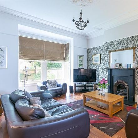 Rent this 5 bed house on Osborne Villas in Newcastle upon Tyne NE2 1PQ, United Kingdom