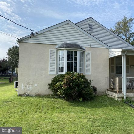 Rent this 2 bed house on Jefferson Ave in New Castle, DE