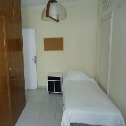 Rent this 5 bed room on Dia in Calle del Conde Torres Cabrera, 14001 Cordova