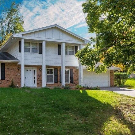 Rent this 3 bed house on 2906 Pleasant Street in West Des Moines, IA 50266