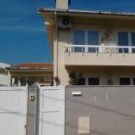 Rent this 1 bed house on Rua da Raposeira in 4470-360 Cidade da Maia, Portugal