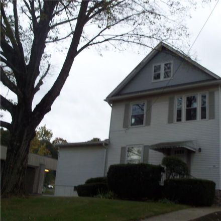 Rent this 2 bed townhouse on 698 Main Street in Watertown, CT 06795